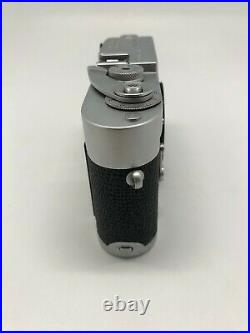 Leica M2 35mm rangefinder camera with Self-Timer (full working camera)
