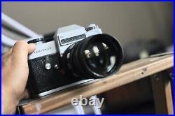 Leicaflex SL Camera body with a 135mm 2.8 lens